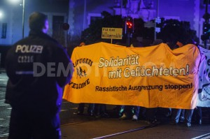 1419036154-antiracists-outnumber-neonazis-in-protest-marches-in-berlin_6513787